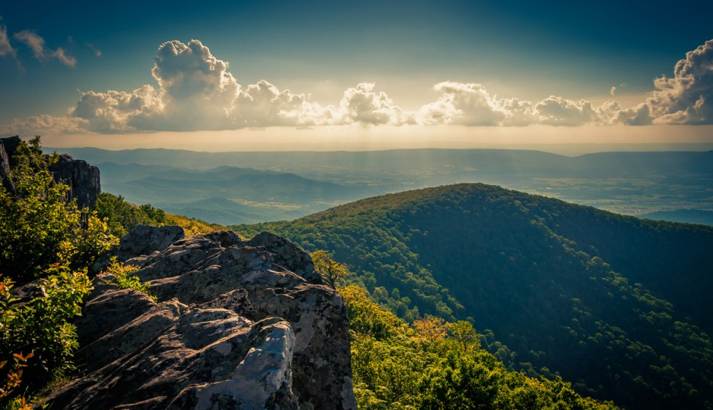 Island Trader Travel Club Explores Shenandoah